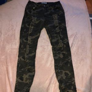 Camo ripped jeans